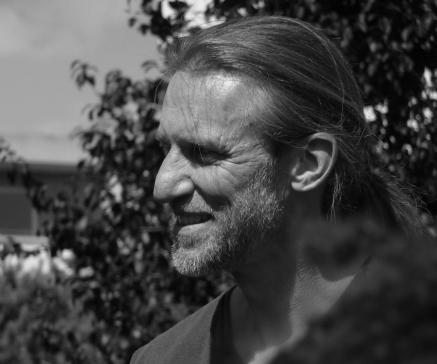 Eric Sansonnens reçoit le Prix 2016 de la Fondation Bédikian