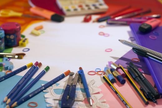 Vier Vorschläge zur Finanzierung kultureller und sportlicher Aktivitäten sowie des Schulmaterials