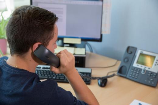 Cours pour formateur-trice-s d'apprenti-e-s employé-e-s de commerce CFC (OrFo 2012)