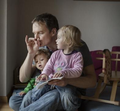La paternité dans tous ses états, autour de l'exposition Papas en Suisse