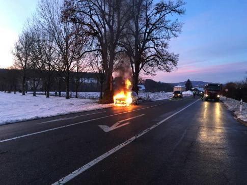 Une voiture en feu à Matran  / News nur auf Französisch