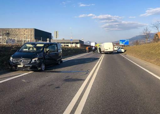 Quatre personnes blessées dans un carambolage à Bulle / News nur auf Französisch