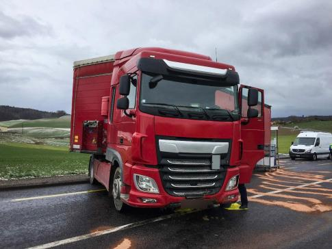 Accident de la circulation et perte d'hydrocarbures à Belfaux / News nur auf Französisch