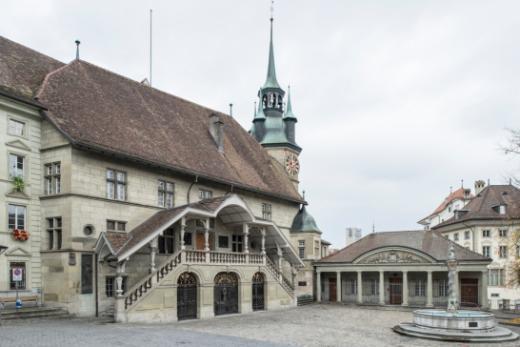 Ein Sanierungsprojekt für ein Rathaus, das auf die Bedürfnisse eines modernen Parlamentsbetriebs ausgerichtet ist