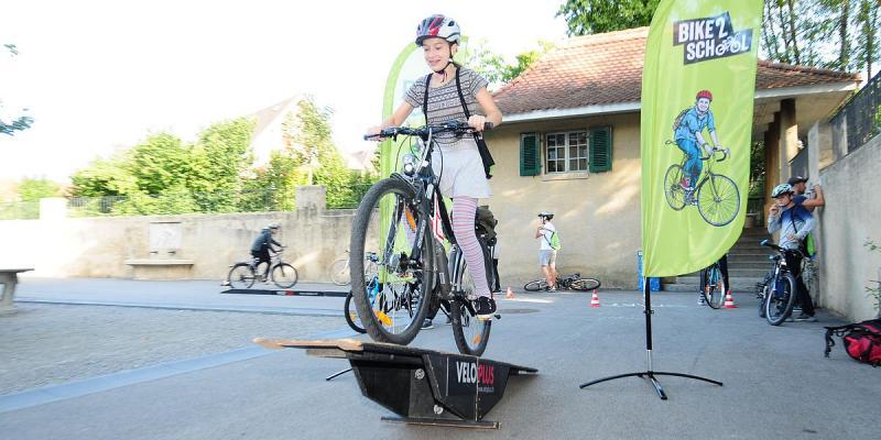 bike 2 school