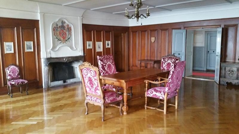 Salle du Chapitre au Domaine des Faverges réservée à l'usage du Conseil d'Etat