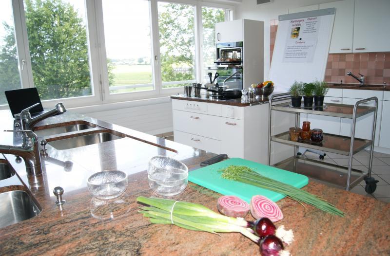 Cuisine de cours de la formation continue en économie familiale