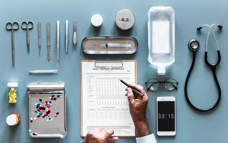 professionnel-le de la santé - Gesundheitsfachleute