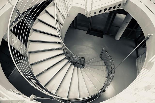 Escaliers dans le bâtiment du SITel