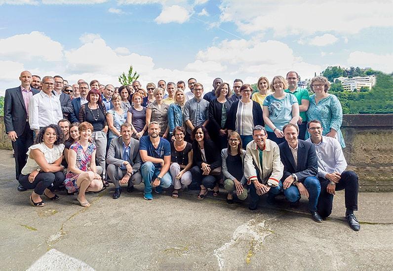 L'équipe de projet et une partie des rédacteurs et rédactrices web