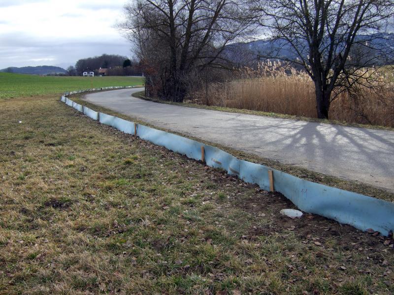 La barrière à batraciens de Magnedens