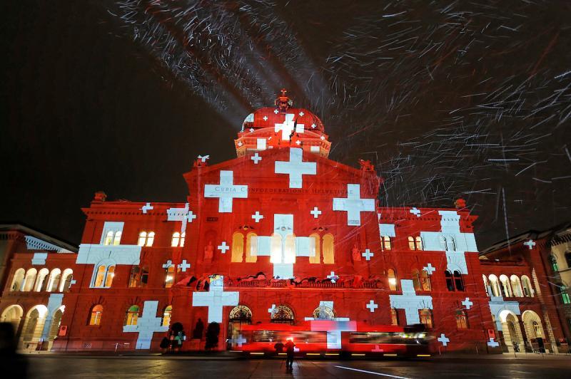 Palais fédéral éclairé par Gery Hofstetter novembre 2008