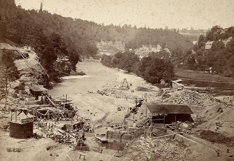 Construction du barrage de la Maigrauge (1872)