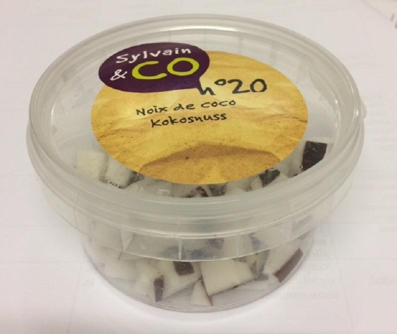 Foto der Verpackung der Kokosnüsse Sylvain & Co