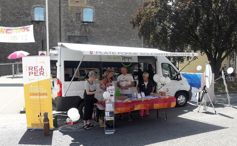 Stand Plateforme Solidarité Gruyère