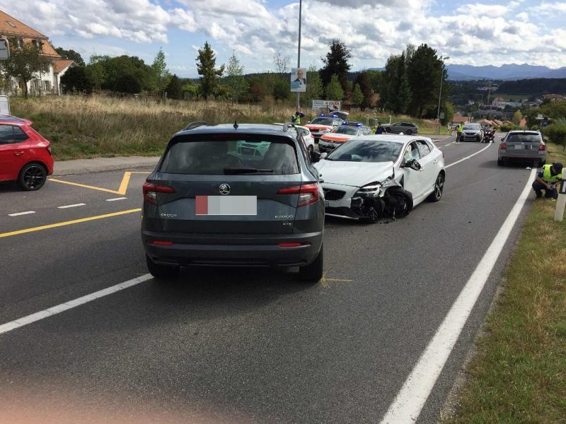 Accident 3 véhicules en cause à Belfaux