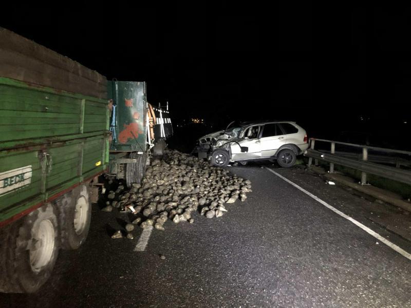 Verkehrsunfall Traktor - Auto in Kerzers