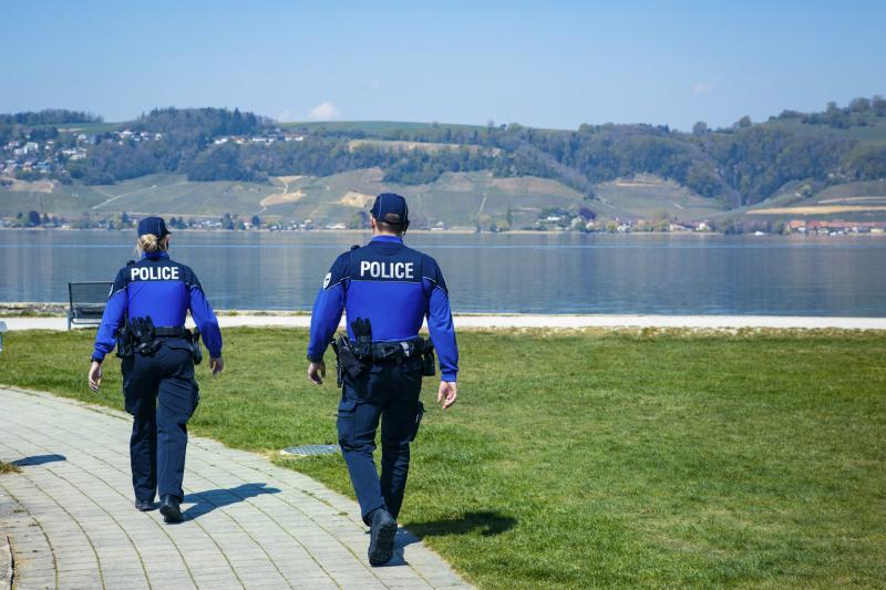 Prudence lors de la baignade dans le lac de Neuchâtel
