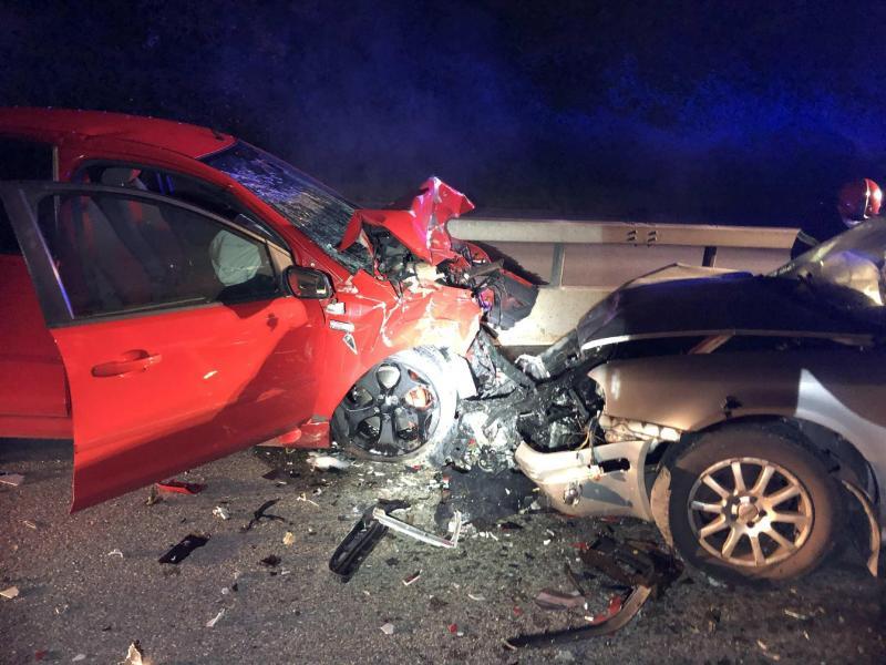 Un contresens fait deux blessés graves sur la route de contournement T10 à Chiètres / Eine Geisterfahrerin verursacht zwei Schwerverletzte auf der Umfahrungsstrasse T10 in Kerzers