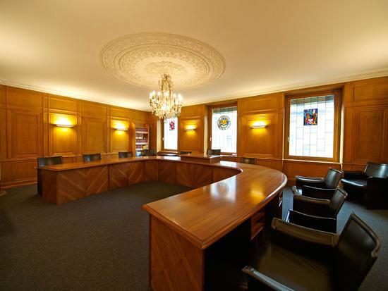 La salle de séance du Conseil d'Etat fribourgeois Photo